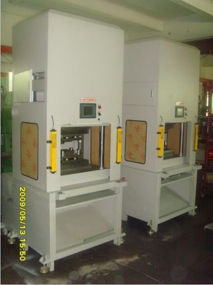 浙江油压机/热压机/成型机/保护膜成型机