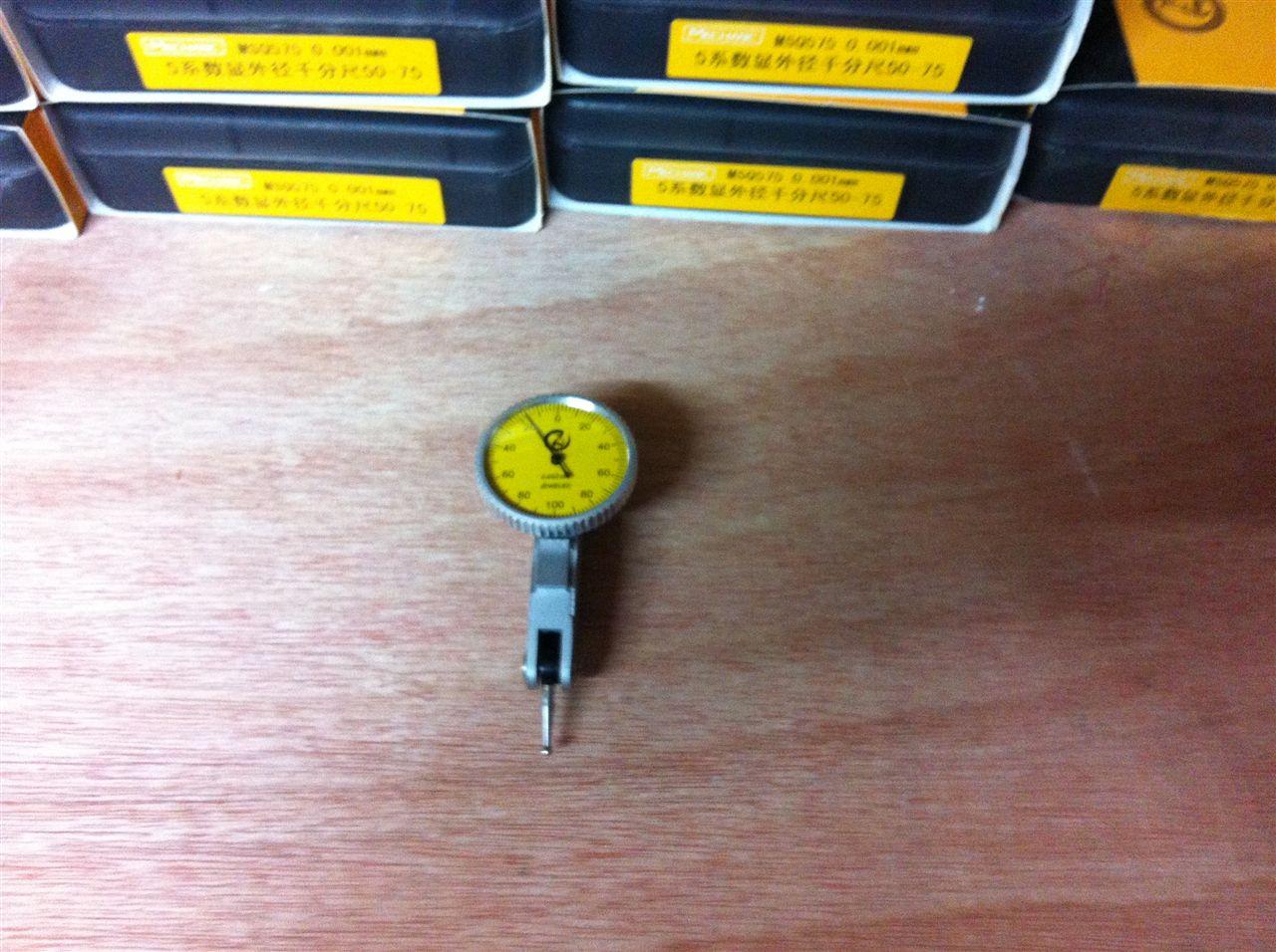 机械工人量具3系杠杆表0-0.8X0.01