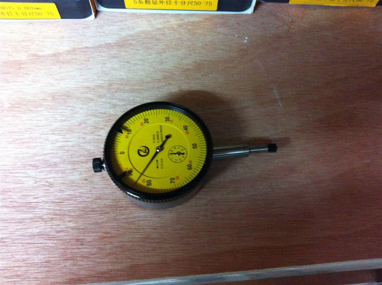 机械工人量具6钻防震百分表0-10X0.01