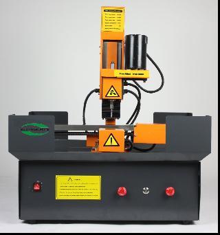 E108Y微型系列数控钻铣床
